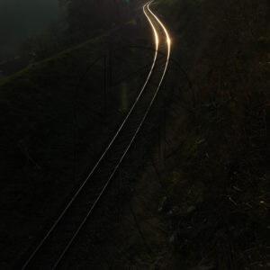 Cesta tmou