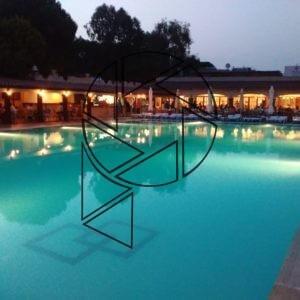 Večerní pohoda u bazénu