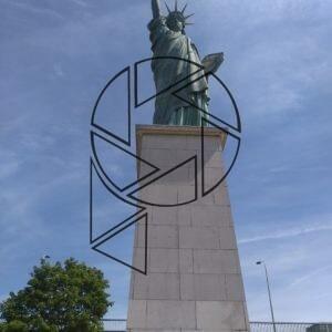 New York v Paříži