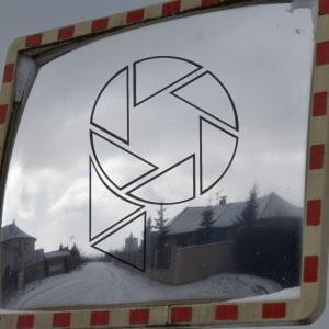 Zrcadlo (2021)
